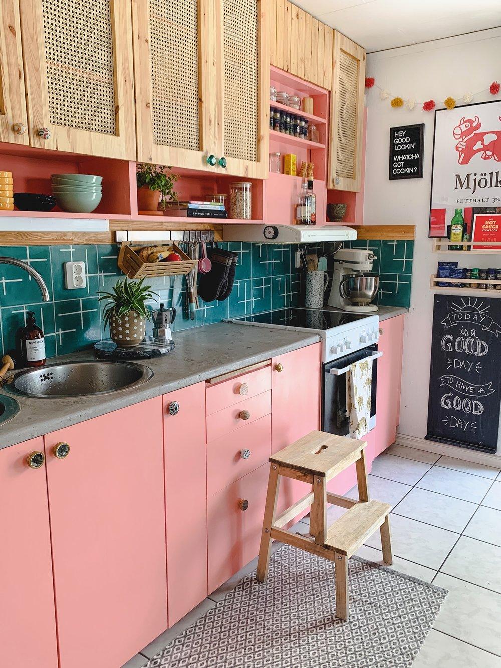 Pink Kitchen DIY Renovation