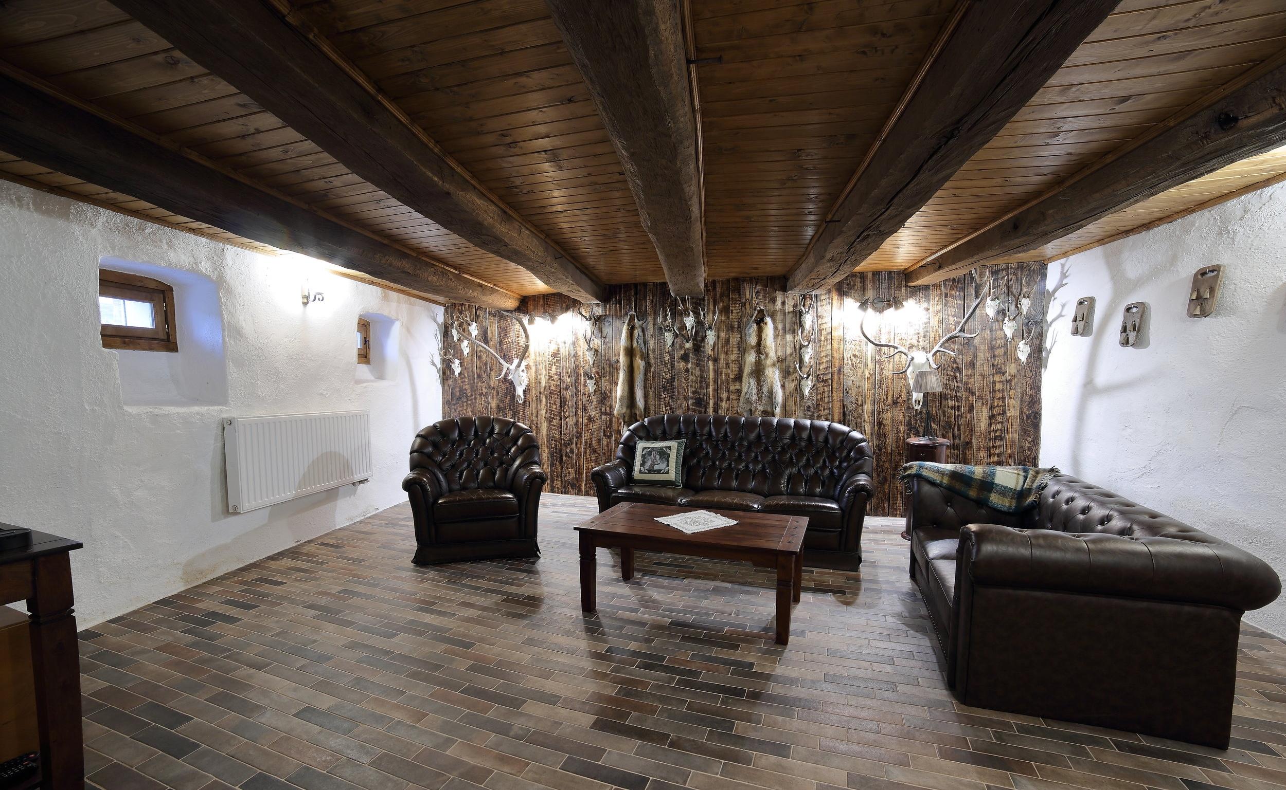 The hunters' lounge -