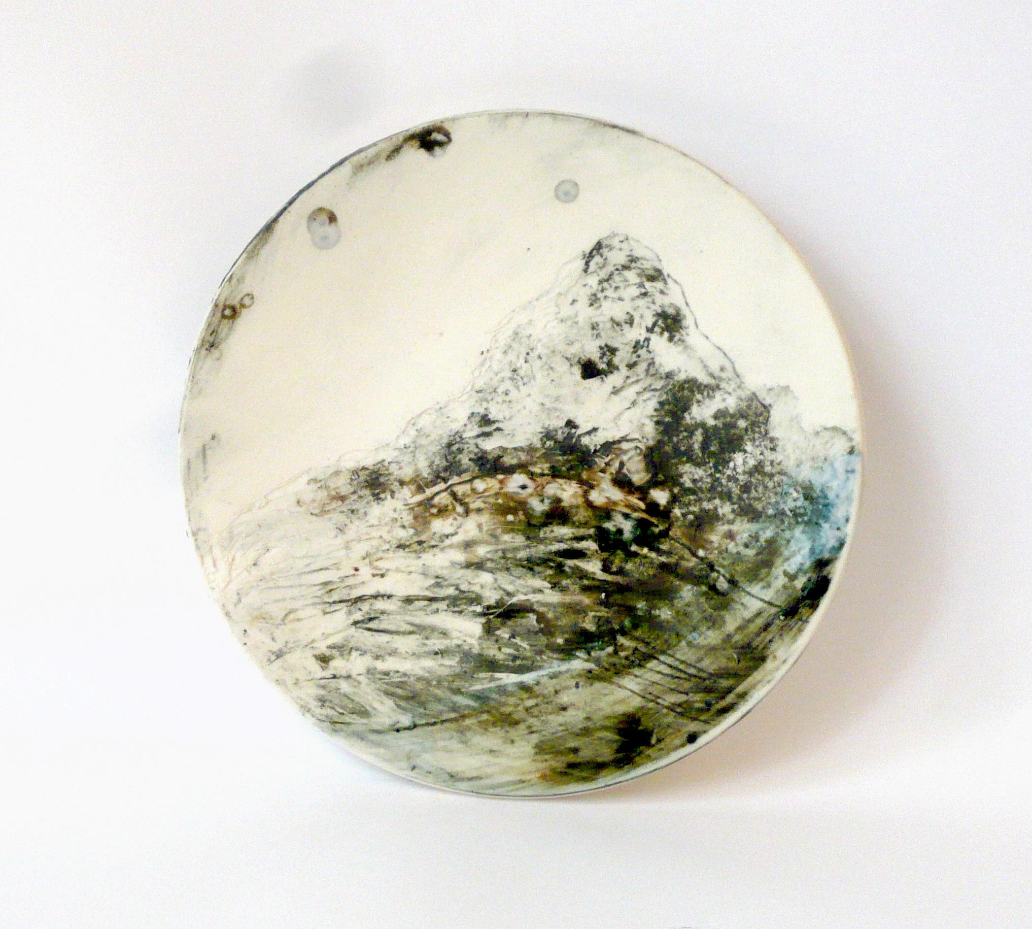 Jokainen taipuu / Everyone bends, 2017, 17cm x 17cm x 2cm