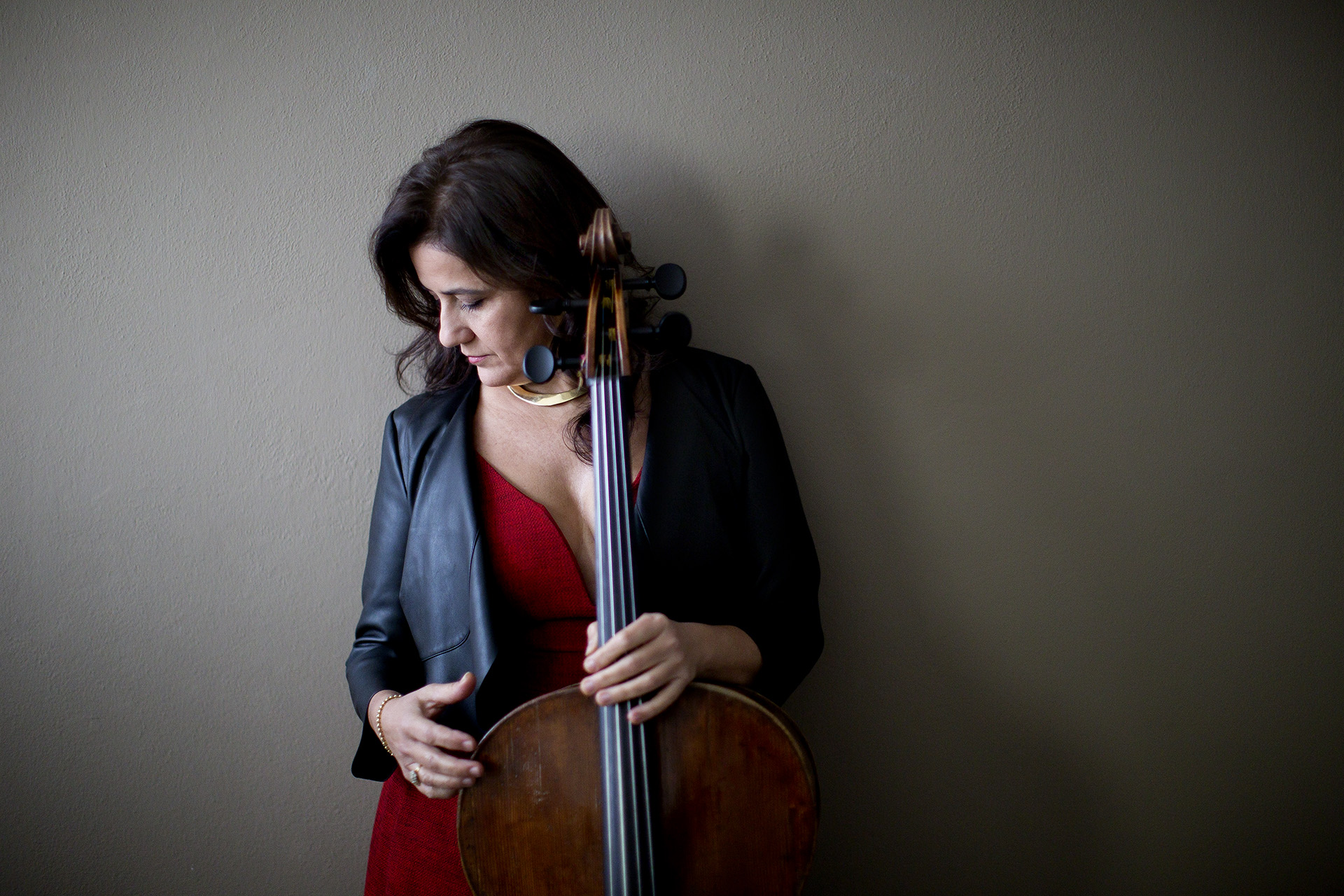 Silvia Chiesa cello - vertical