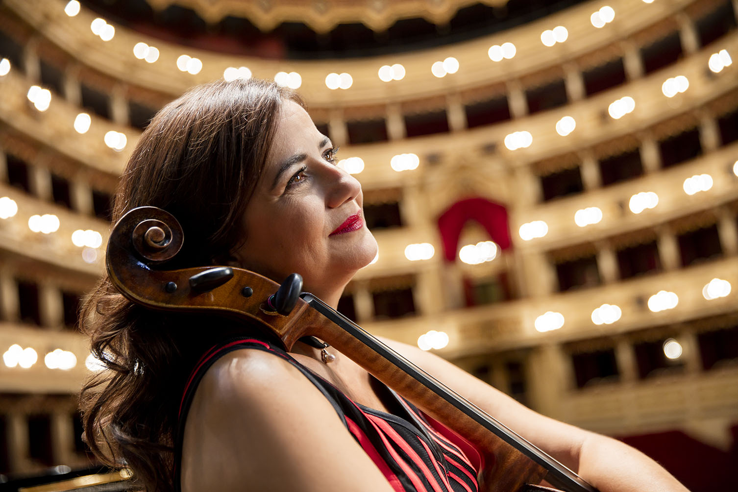 Silvia Chiesa cello - theater