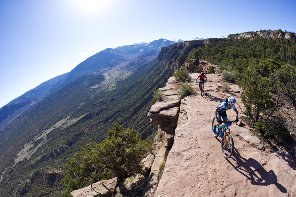Geoff Kabush led Chris Baddick down the Porcupine Rim descent on Stage 1 and took the win.
