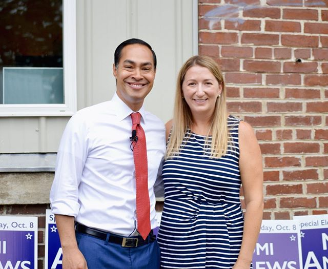 Thank you to everyone who came out yesterday to our office opening! And special thank you to @juliancastrotx @jonmorgannh and @nhyoungdems for joining us! It was great to knock some doors and remind voters about the primary on August 20! #nhpolitics #nhhouse