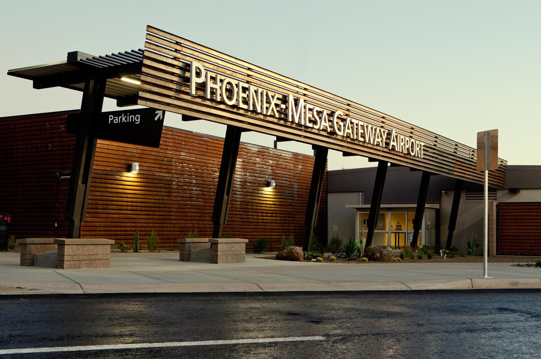 Phoenix/Mesa Gateway Airport | Kilt Transportation.jpg