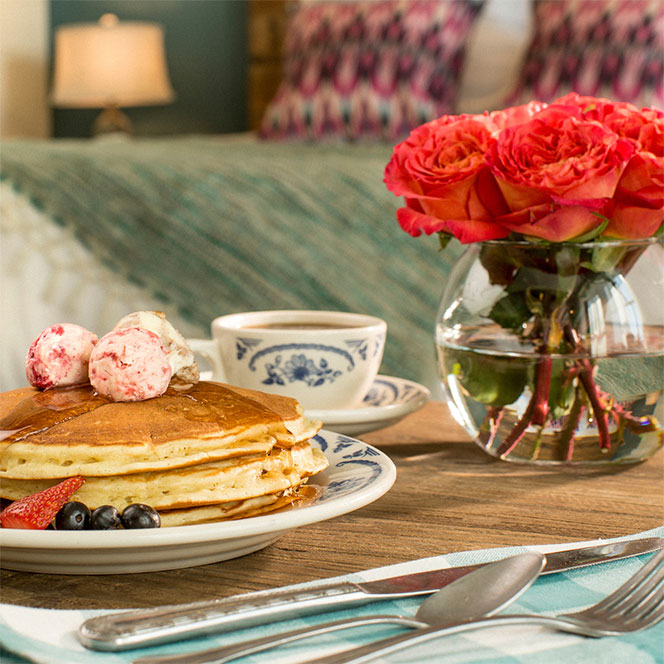 In-Room Dining - Why Leave?Room service is one of Ree's favorite things in the world, and she's created a menu that'll make you happy you stayed in. Just add PJ's and a movie, and you've got the perfect meal!
