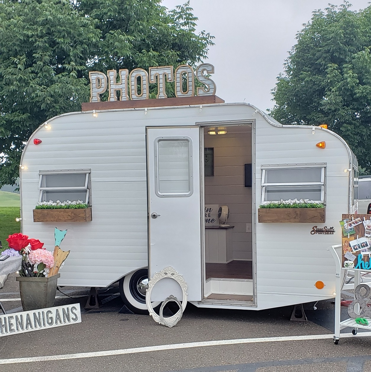 Photo Booth Makefield Setup.jpg