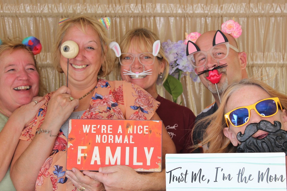 Photo Booth Sign 015.JPG