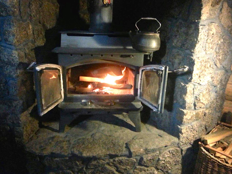 Lopi wood stove fireplace