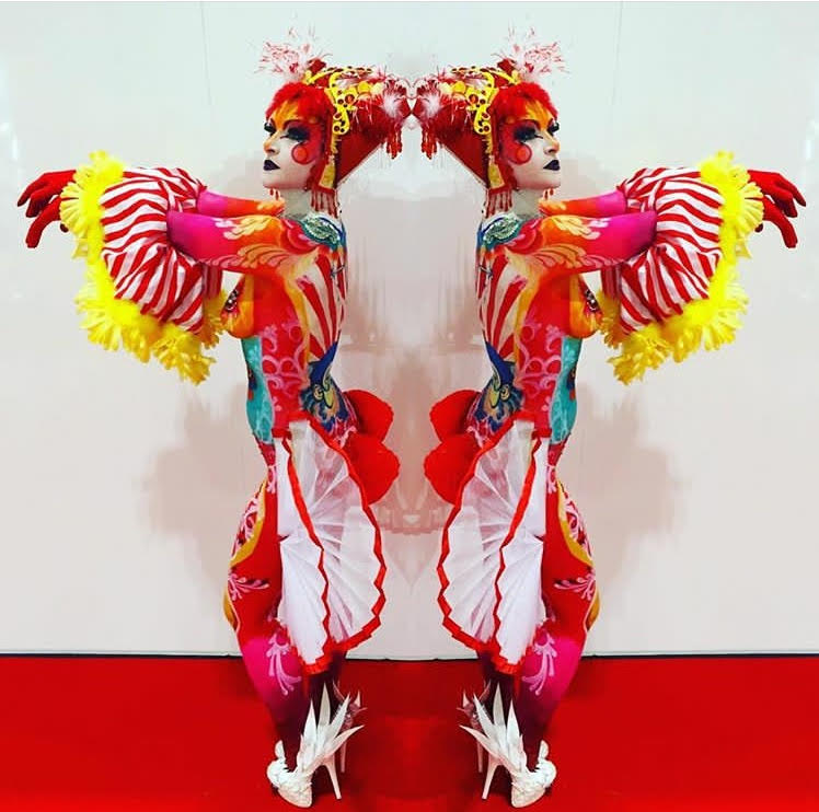 Chinese State Circus body paint - 1st Place winner - Olympia Beauty - Brierley Thorpe.jpg