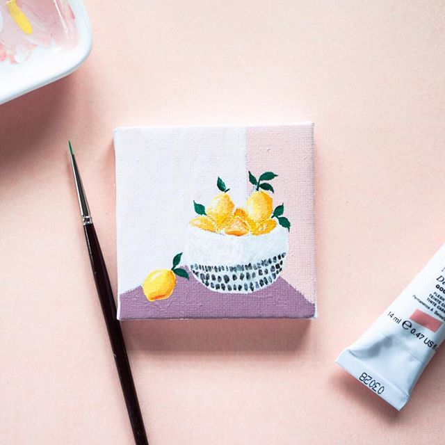 Tiny little sketch on canvas with #gouache. This is probably the smallest painting I've ever done. It was fun! Have you tried anything new recently? . . . . . . #gouache #gouachepainting #gouachepainting #gouacheillustration #gouacheart #gouacheflowers #gouacheartist #gouacheflorals #acrylgouache #botanical #botanicalillustration #botanicalpainting #lemon #lemonillustration #orange #orangeillustration