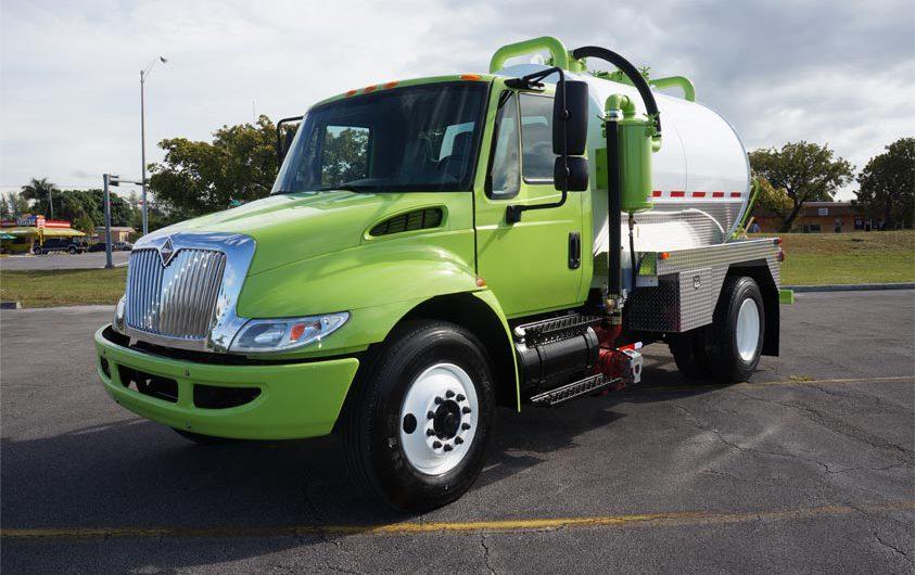Under-CDL-Vacuum-Truck-843x530.jpg