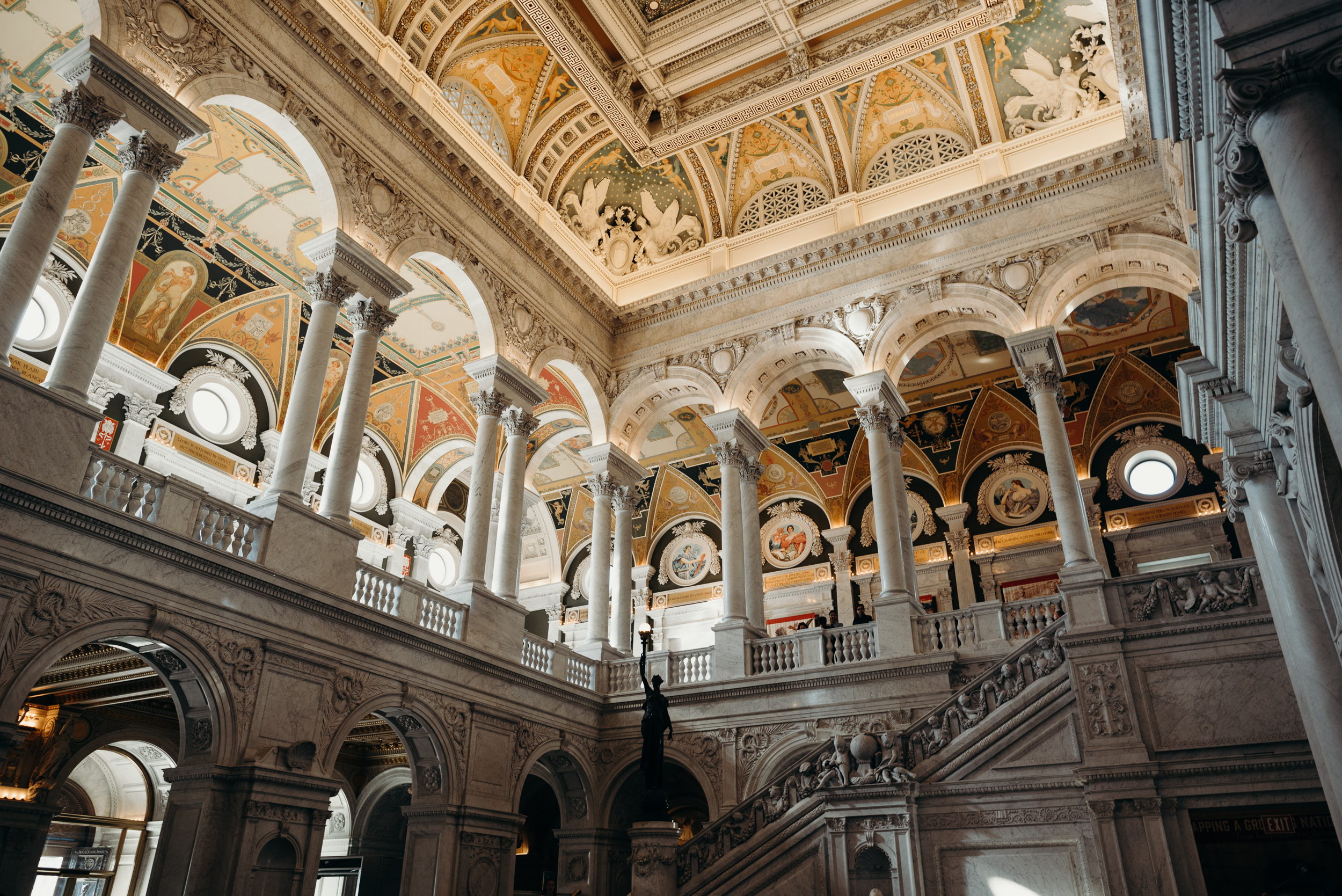 library-of-congress-dc-engagement-photo-megan-graham-photography-64.jpg