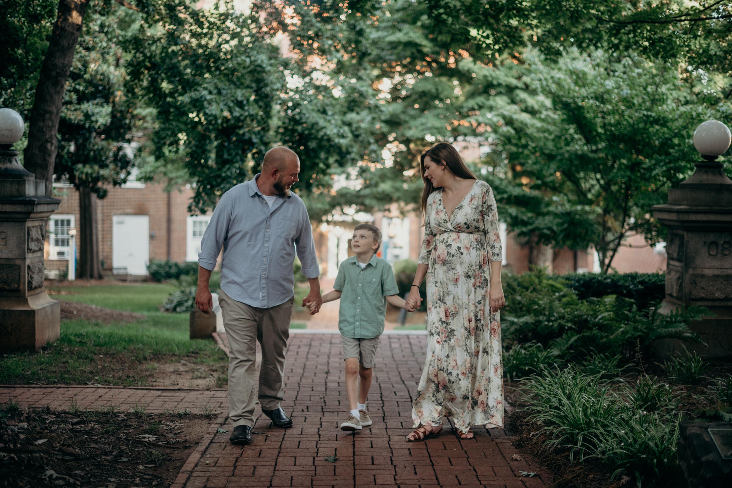 winston-salem-NC-maternity-family-photographer-old-salem-megan-graham-photography-2865.jpg