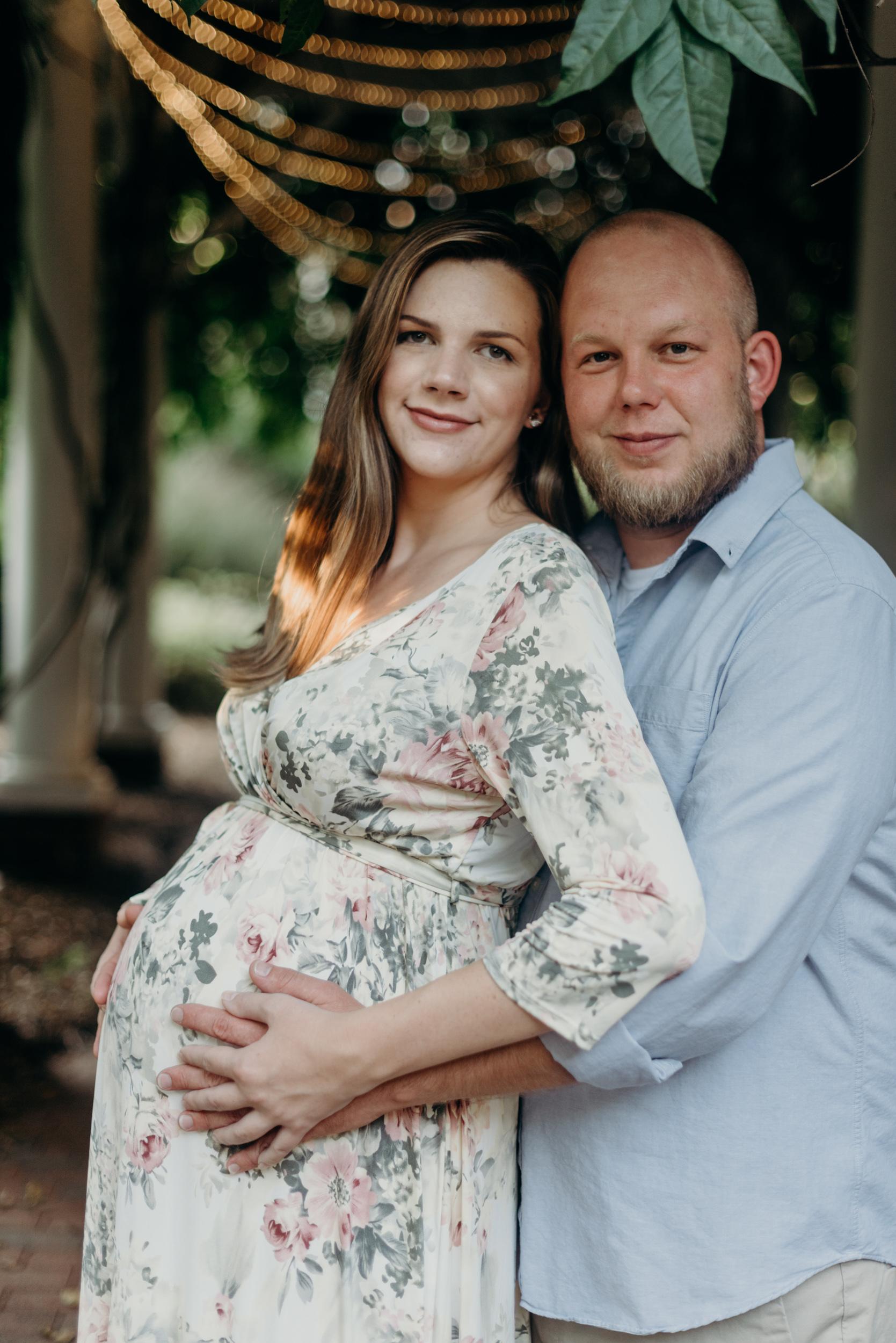 winston-salem-NC-maternity-family-photographer-old-salem-megan-graham-photography-2900.jpg