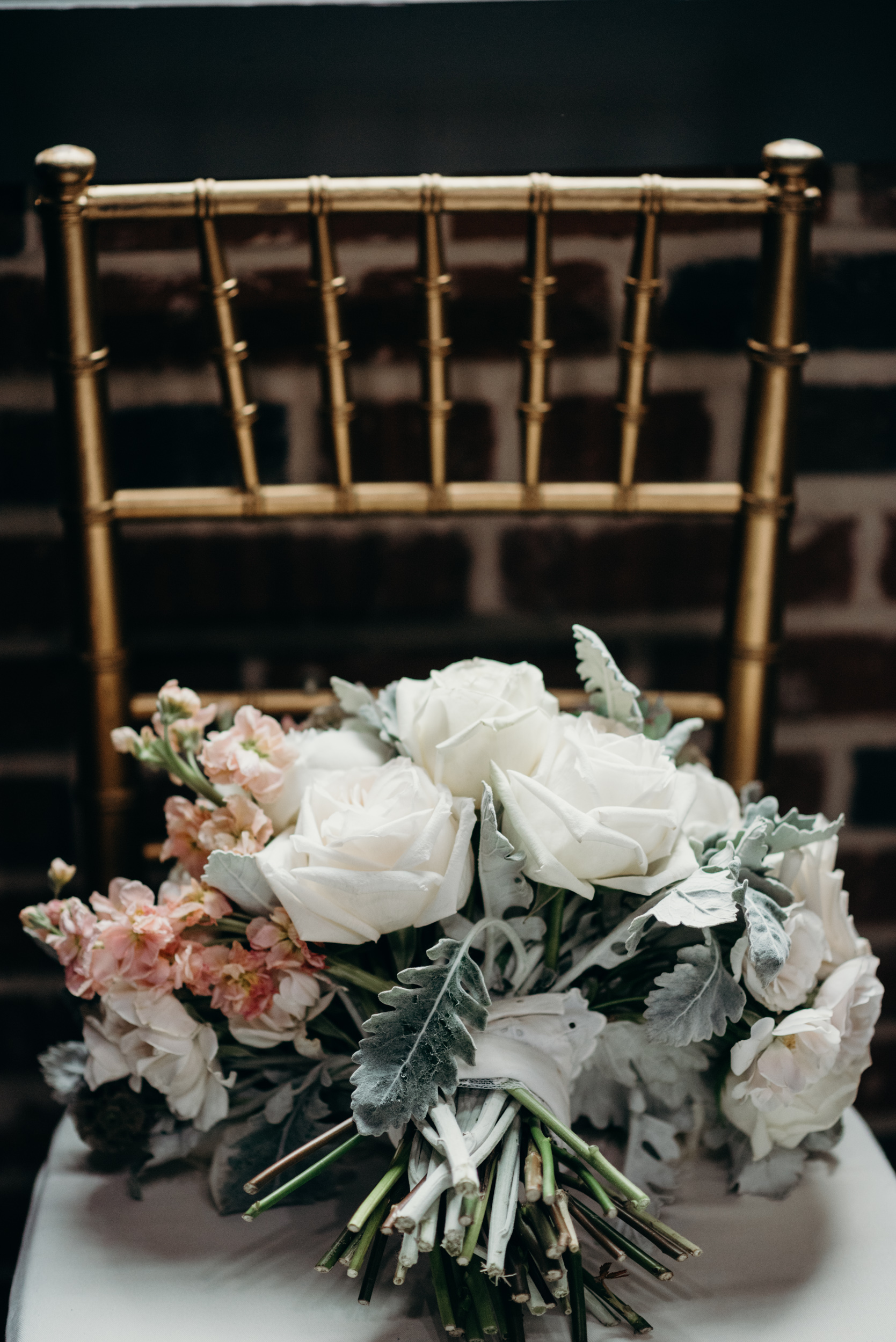 dc-baltimore-virginia-richmond-wedding-photographer-parents-with-card-12.jpg