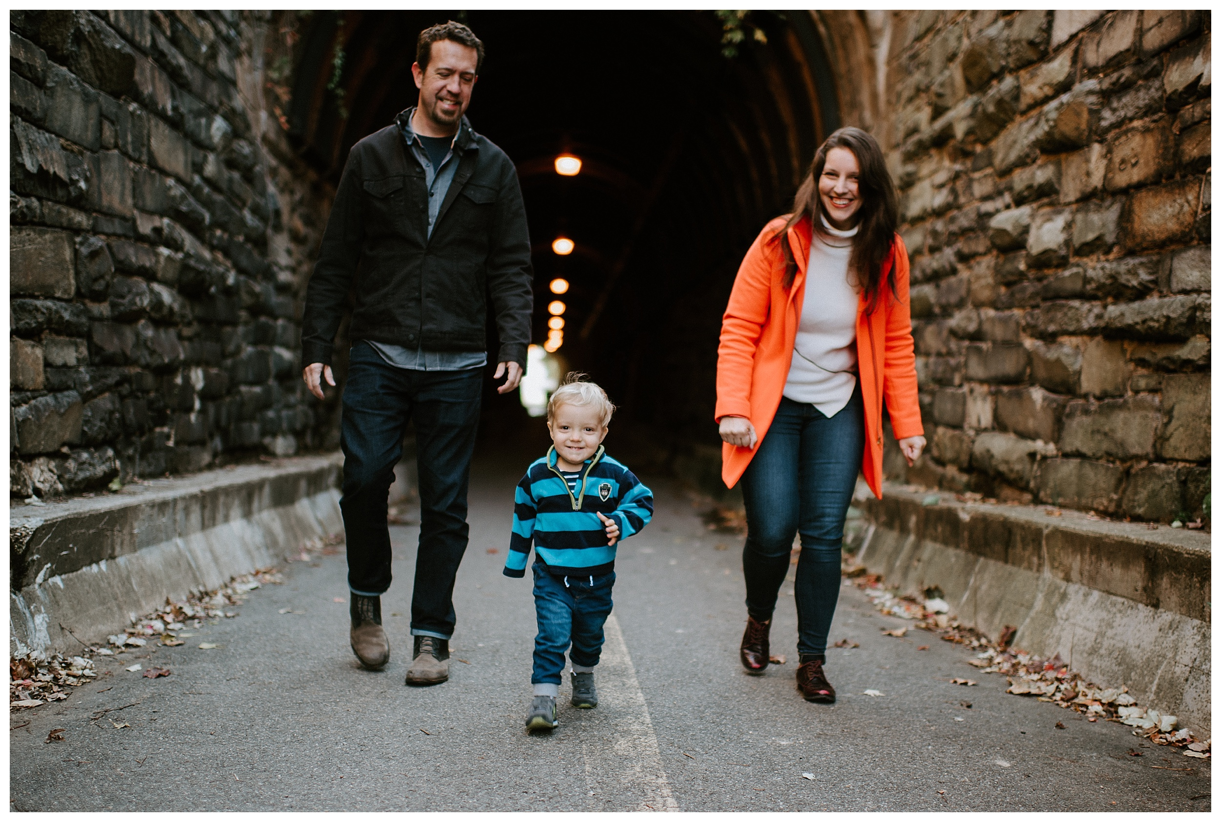 DC-VIRGINIA-FAMILY-PHOTOGRAPHER-CANDID-NATURAL-LIFESTYLE-MEGAN-GRAHAM-PHOTOGRAPHY-ALEXANDRIA-WILKES-TUNNEL_0123.jpg