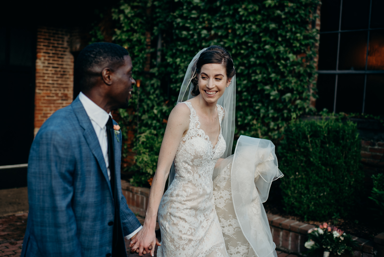 OLD-SILK-MILL-INN-FREDRICKSBURG-VIRGINIA-WEDDING-PHOTOGRAPHER