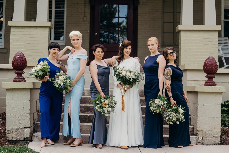 020_virginia_mimslynn_bride_shenandoah_wedding_inn_bridesmaids.jpg