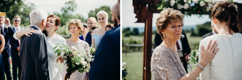 043_photos_barn_faithbrooke_vineyards_wedding_megan-graham-photography.jpg