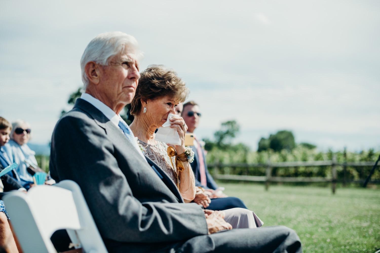 053_photos_barn_faithbrooke_vineyards_wedding_megan-graham-photography.jpg