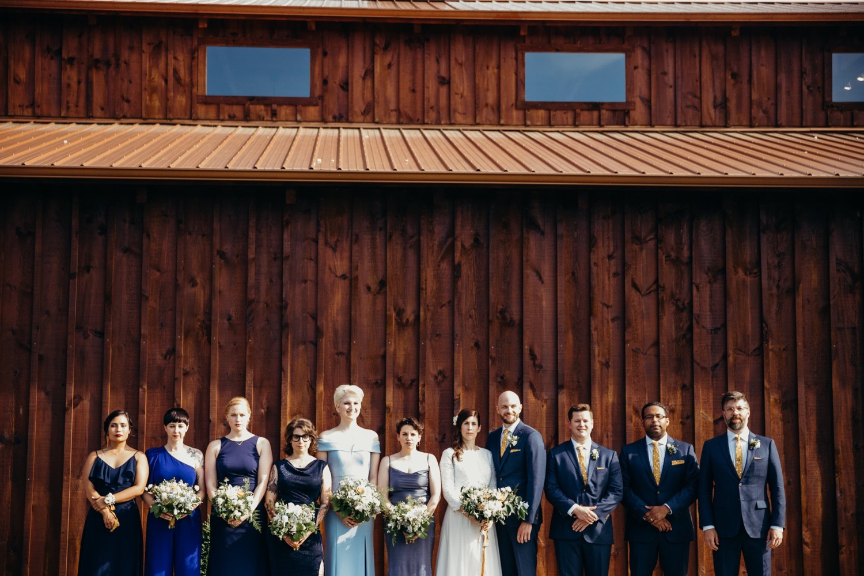 060_photographer_vineyards_virginia_faithbrooke_shenandoah_megan-graham-photography_barn_luray_wedding.jpg