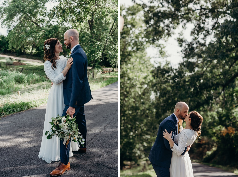 063_photographer_vineyards_virginia_faithbrooke_shenandoah_barn_luray_wedding.jpg