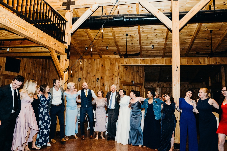 100_vineyards_virginia_faithbrooke_shenandoah_barn_sunnset_luray_wedding.jpg