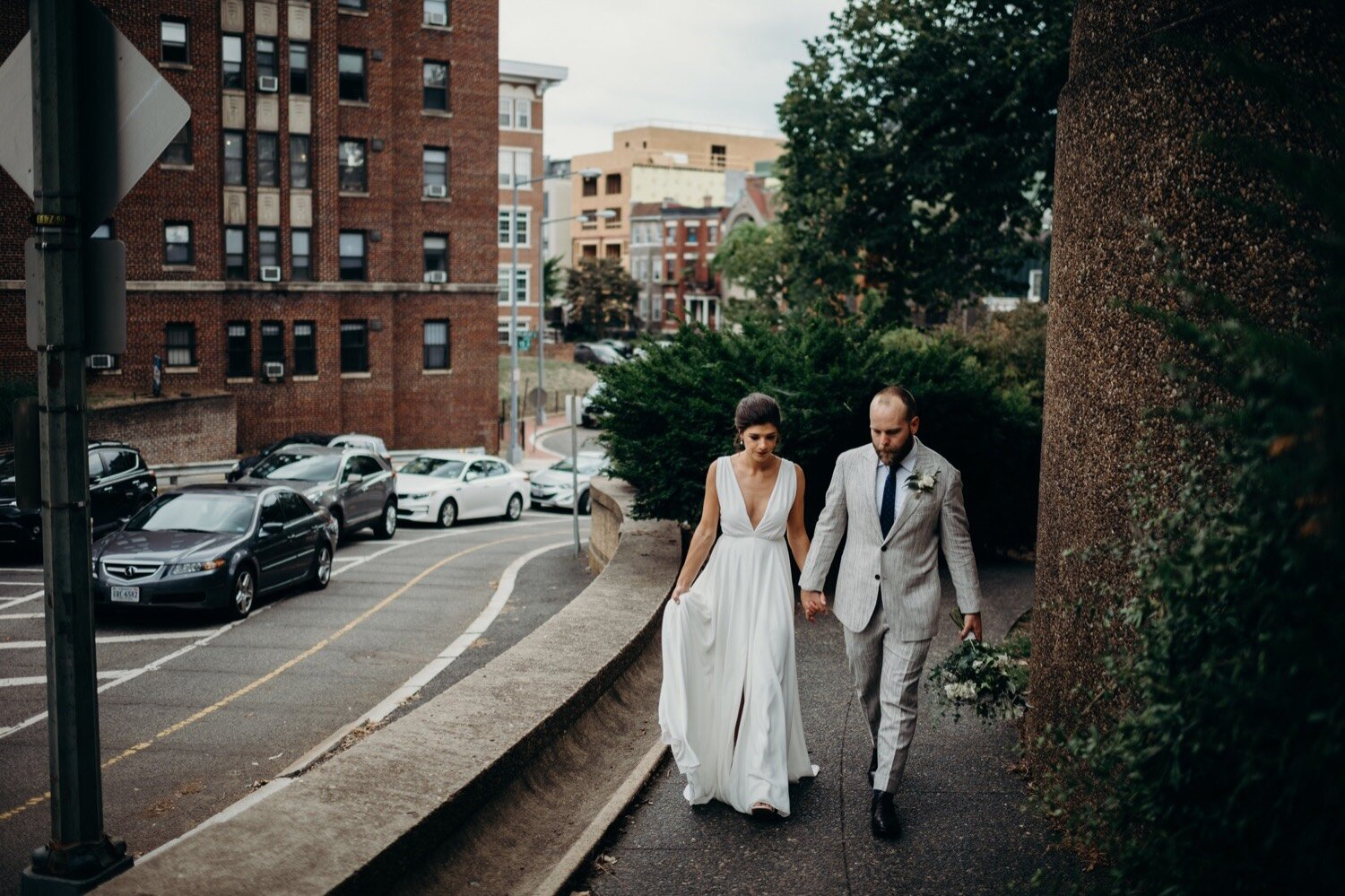 20_photographer_wedding_look_meridian_park_urban_dc_washington_first_hill.jpg