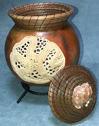 Starfish Carved & Woven lidded basket with Robin & Vickie - for All Skill Levels, Limit 15 studentsSeptember 8, 2019