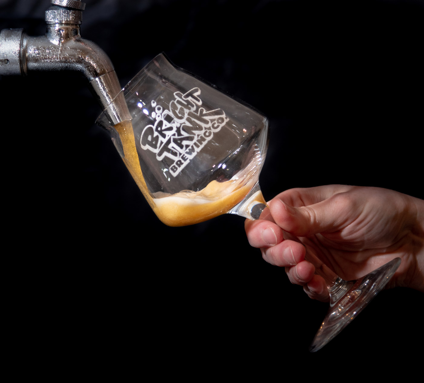 beer pour1-1_01.JPG