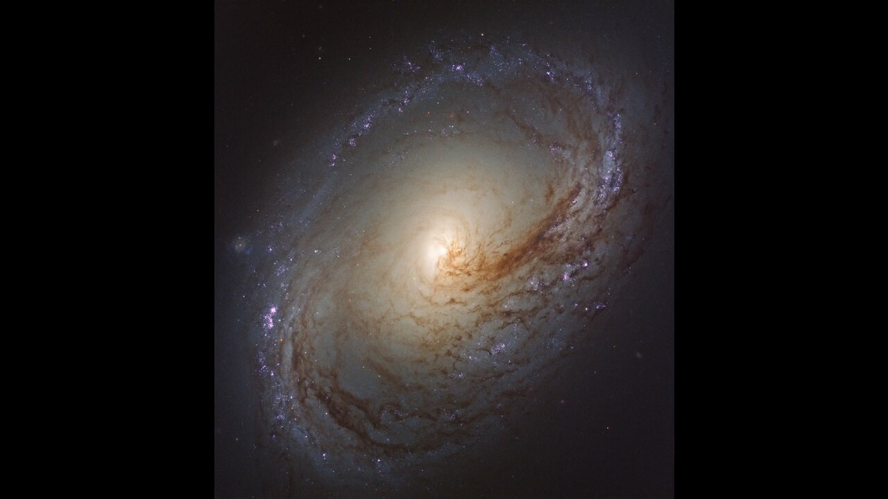 NGC 3368 from  hubblesite.org , credits to NASA and STScI
