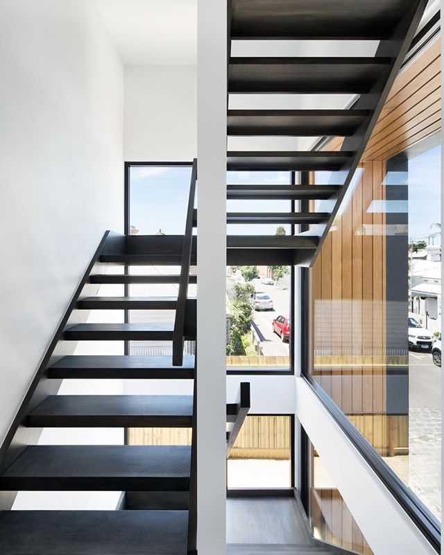 Brighton St staircase still a favourite feature from one of our past projects. Thanks to @2ic_construction and @emily_bartlett_photography #richmond #melbournearchitecture #floatingstair #archdaily #innercityhome