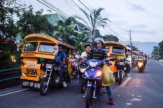 Street scenes in Baybay.
