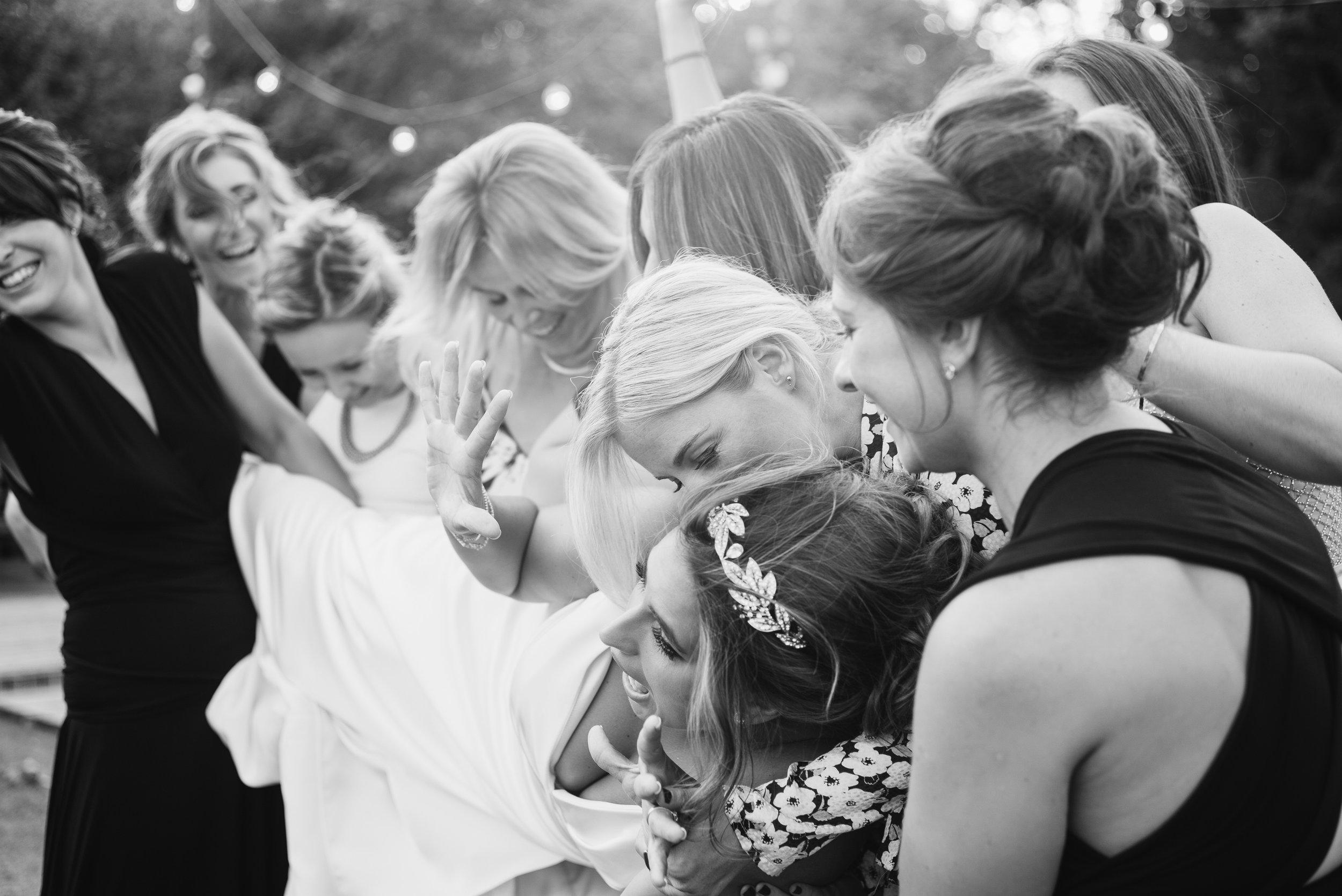 Joshua_Fray_Wedding_Photography-19_qkeres.jpg
