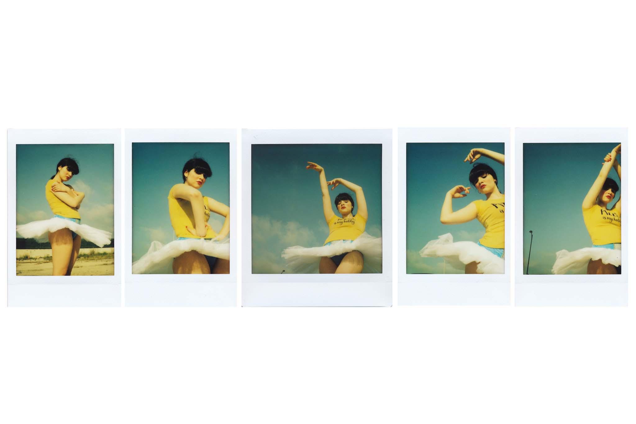 Dancing Weel_1.jpg