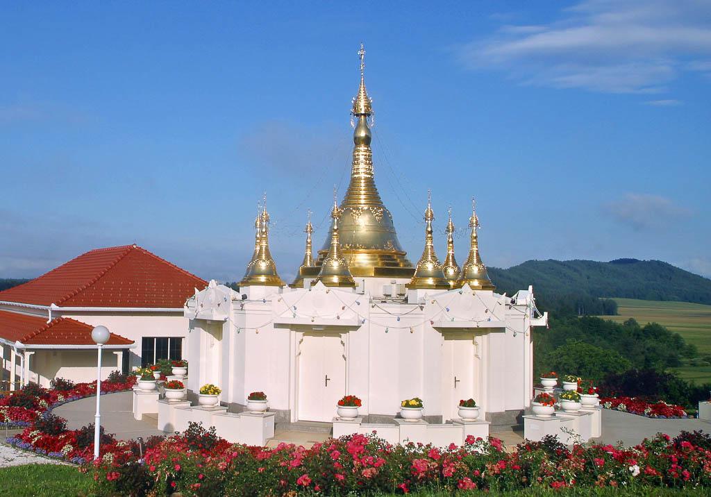 Light of the Dhamma Pagoda, Kärnten, Austria
