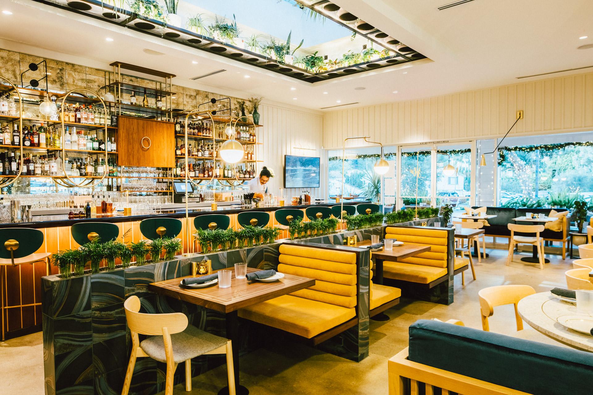 los-angeles-architectural-photographer-bistro-jolie-restaurant-3.jpg