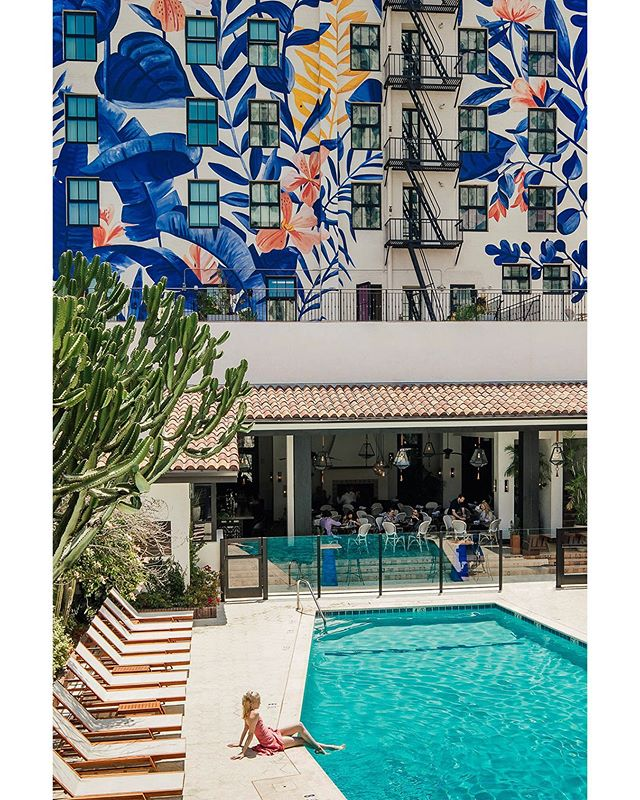 Come on in, the water's fine! Another shot from this month's @hemispheresmag cover story featuring @hotelfigueroa in Downtown, Los Angeles. #hotelfigueroa #losangeles