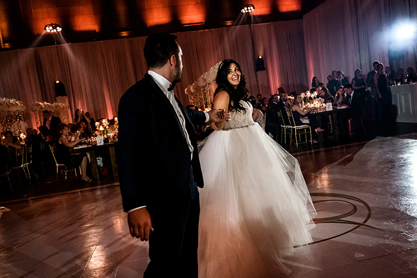 montreal_wedding_st_james_27.jpg