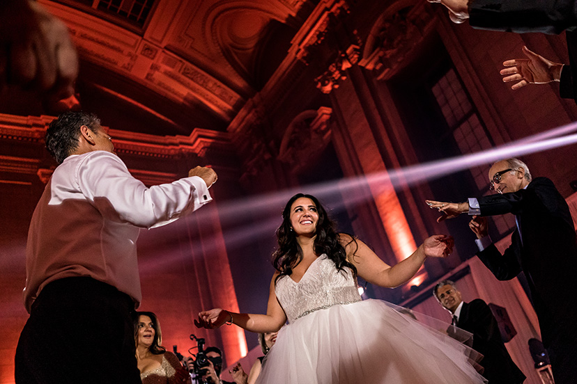 montreal_wedding_st_james_42.jpg