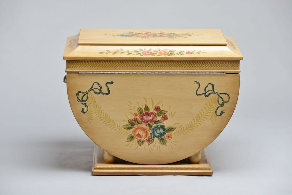 Colonial_Life_Chest_Back_Shopify_1024x1024.jpg