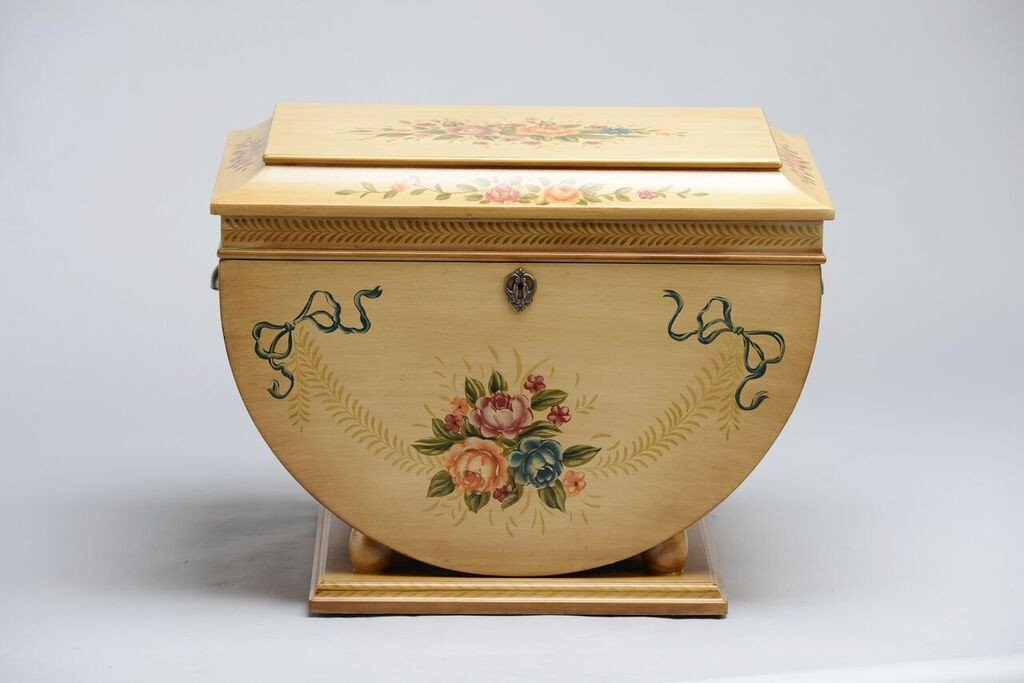 Colonial_Life_Chest_Front_Shopify_1024x1024.jpg