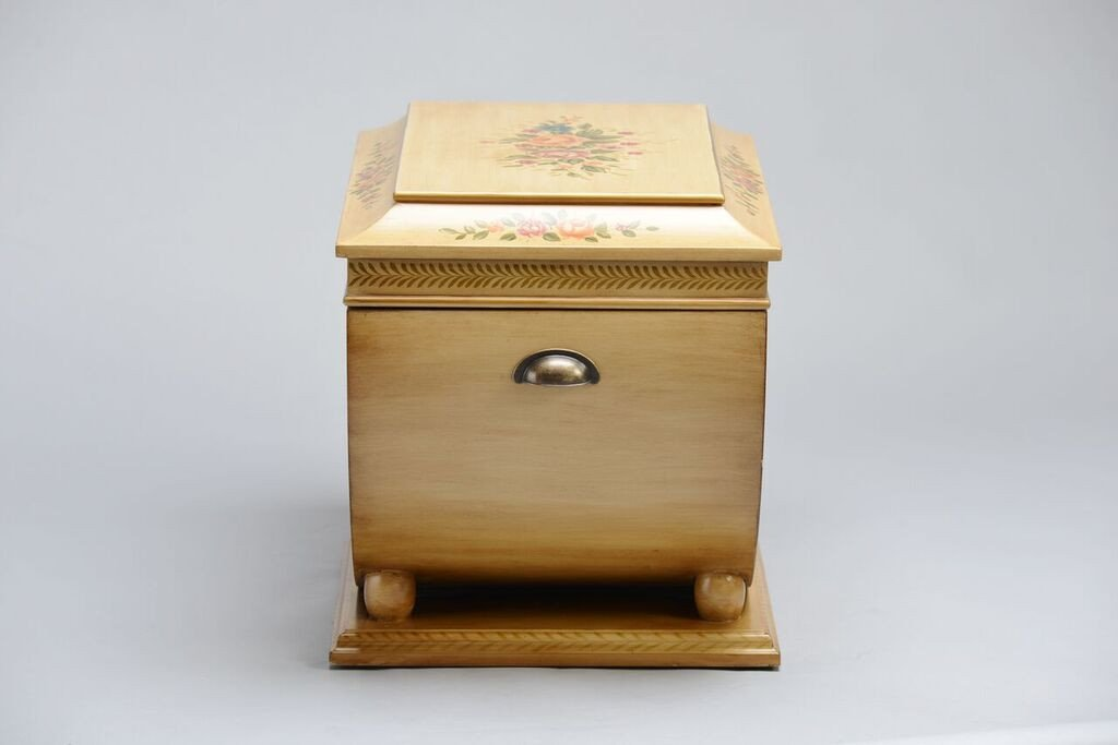 Colonial_Life_Chest_Side_Shopify_1024x1024.jpg