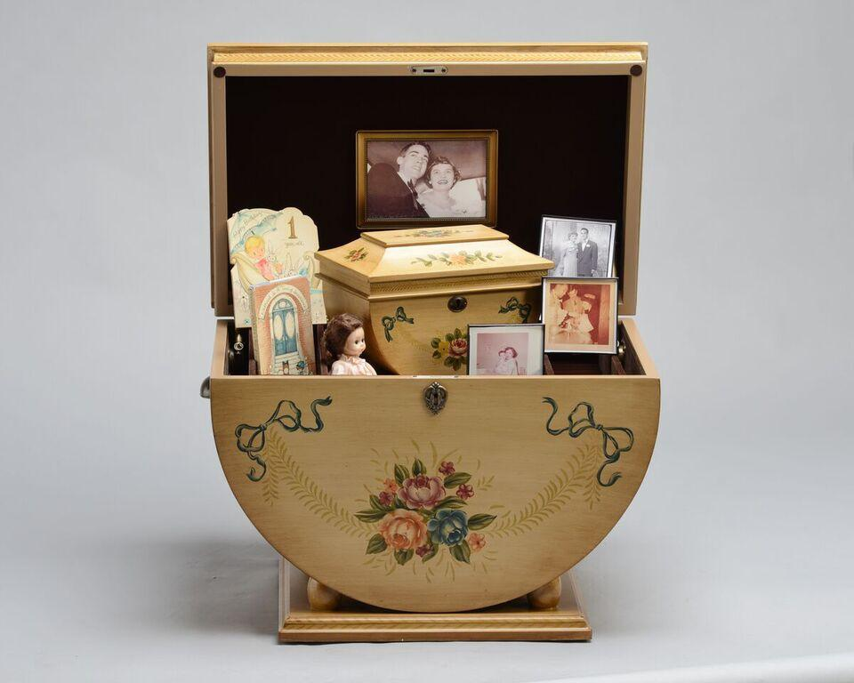 Colonial_Life_Chest_Staged_Shopify_1024x1024.jpg