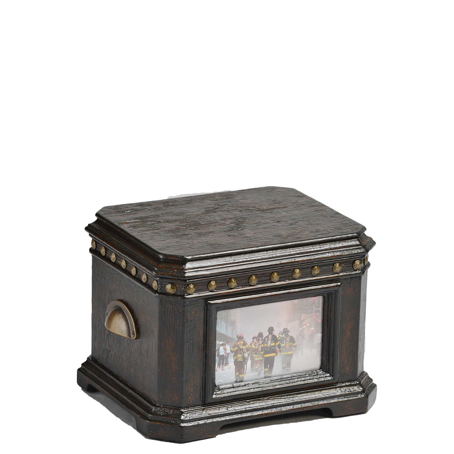 Freedom Memory Life Chest™ - Handsome distressed, charcoal finish, aircraft rivet detailing, and velvet-lined interior. This is our memory sized version of the Freedom Chest.Dimensions: 10.5″ W x 9″ D x 6.25″ HWeight : 7 lbs.