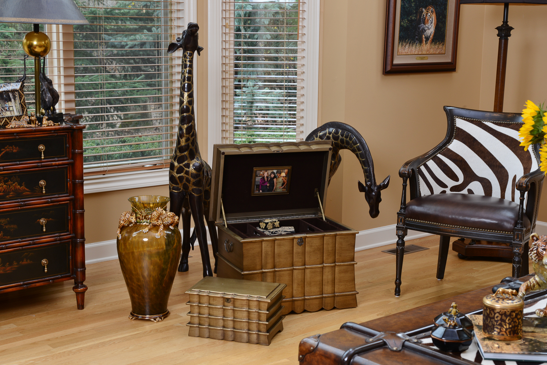 Regent and Regent Memory Life Chest Lifestyle Shopify 2.jpg