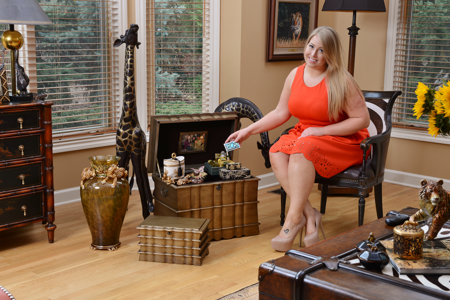 Regent and Regent Memory Life Chest Lifestyle Shopify with Kelsey.jpg