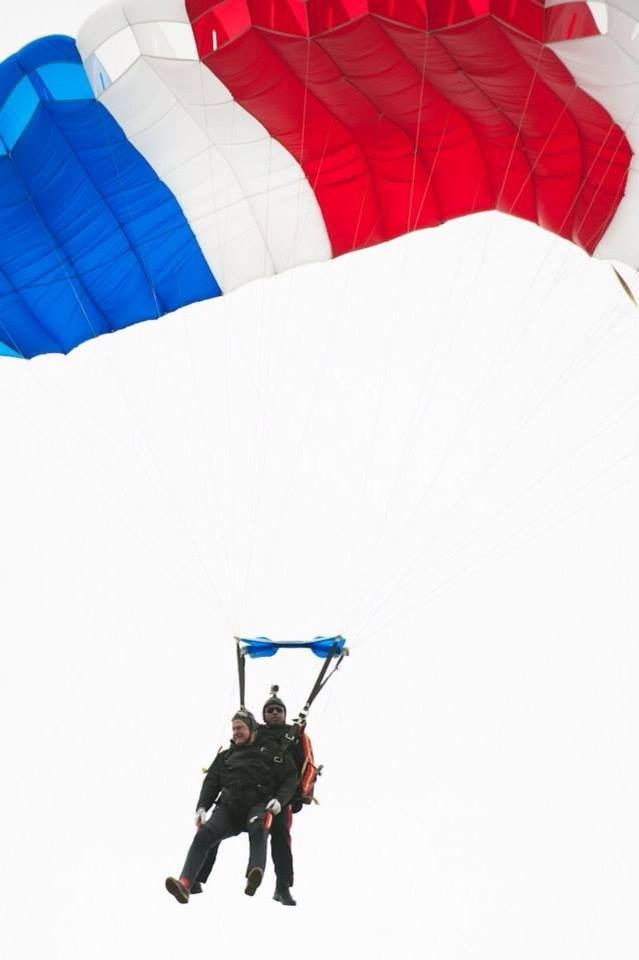 Mike Elliot and George Bush Sr. Jumping Tandem on the Former Presidents 90th Birthday
