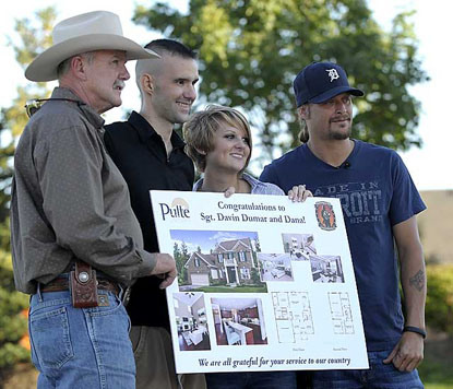 Kid Rock and Sgt. Davin Dumar with his new home