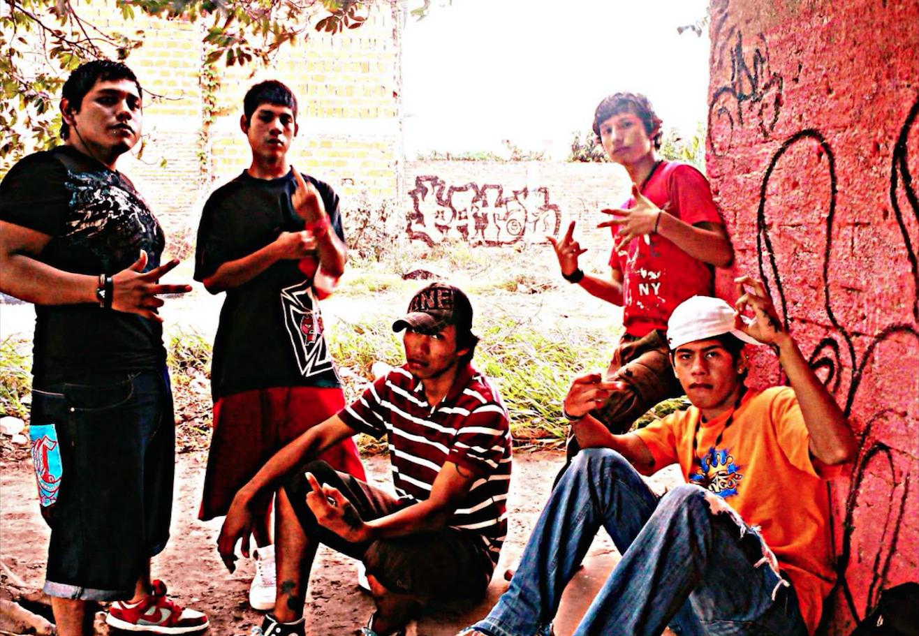 Ramírez Ballivían, R. & Herrera, L. (2012).  Schools of the streets: Hip-hop and youth pedagogy in Bolivia . In  International Journal of Critical Pedagogy , 4(1), 172-184.